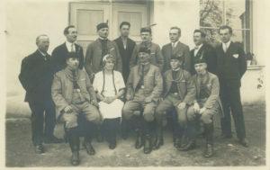 Dobové fotografie zapůjčené od paní Kopejznové.